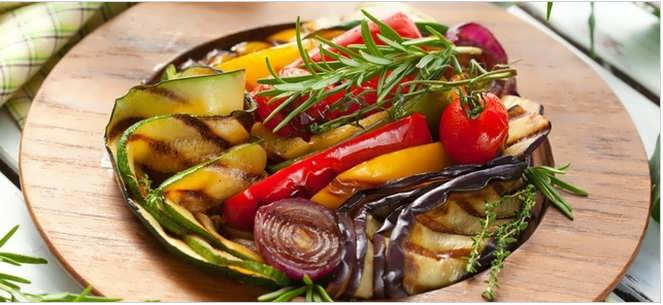 овощи на шампурах