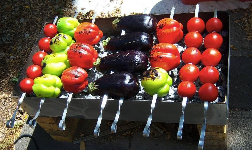 овощи на мангале на решетке